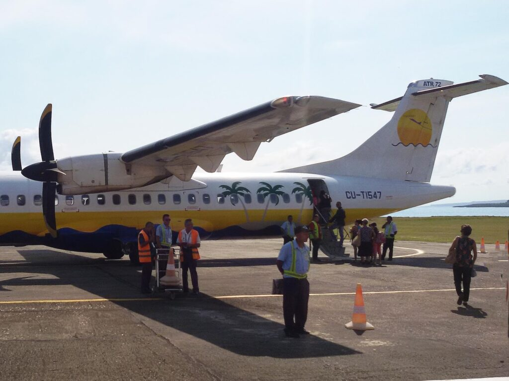 Plane at the airport of Baracoa
