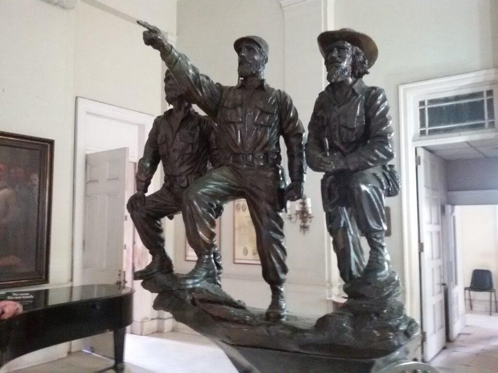 Sculpture of Che Guevara, Fidel Castro, and Camilo Cienfuegos