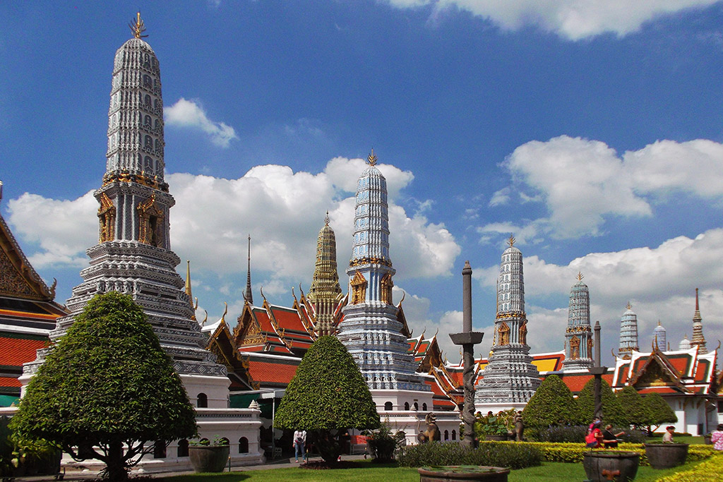 Chedis at Wat Phra Kaeo