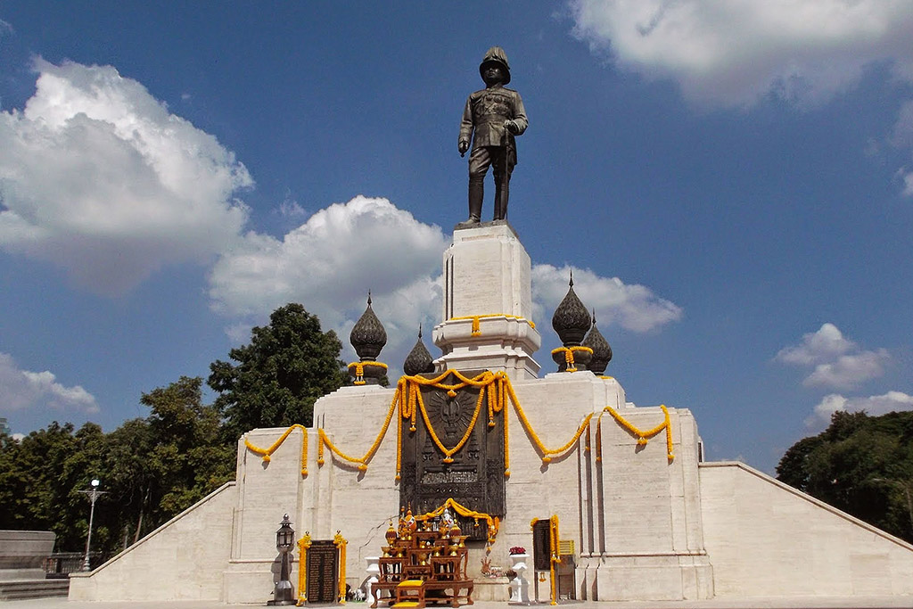 King Rama VI Monument in Bangkok when staying more than just one night.