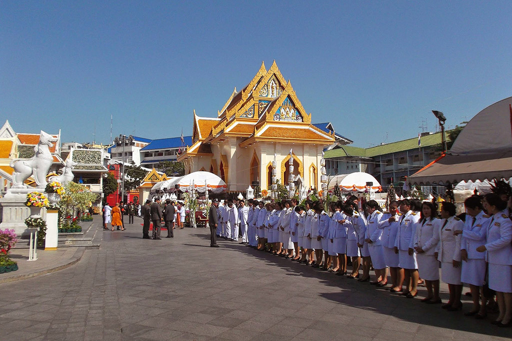 Wat Trimitr in Bangkok when staying more than just one night.