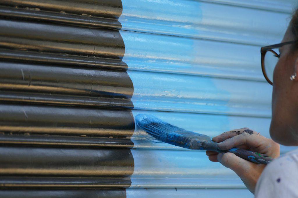 Woman painting at San Telmo, Buenos Aires