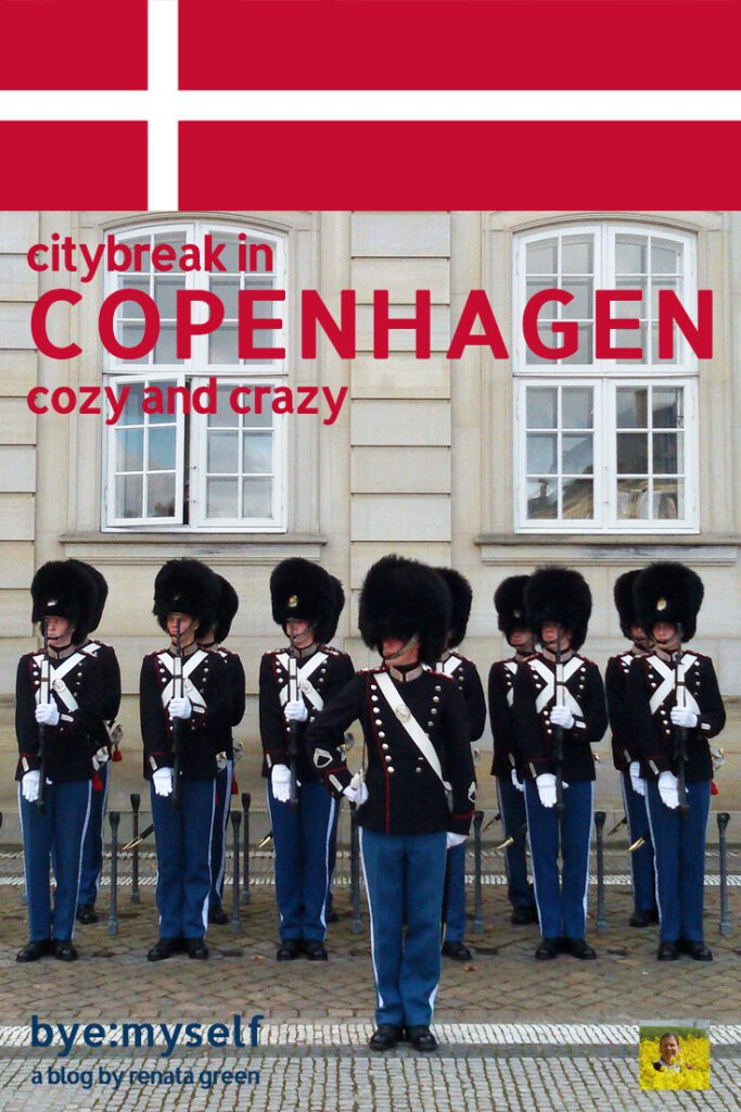 Pinnable Picture for the post on Copenhagen, showing the guards in front of Amalienborg castle
