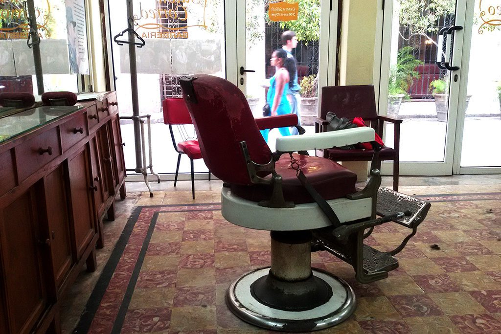 Hairdresser chair at Salon Correo in Havana, 7 Teniente Rey, La Habana, Cuba