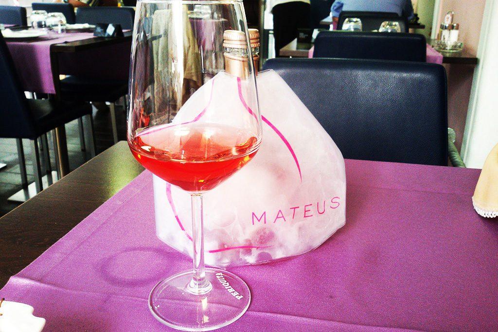 Mateus vinho enjoyed at Figueira da Foz