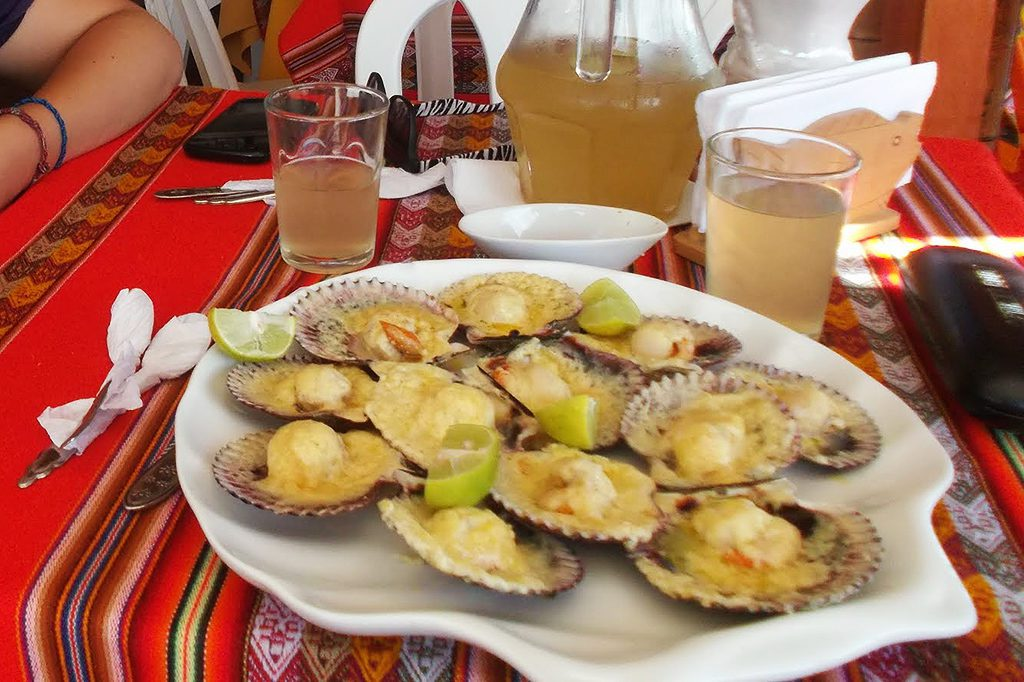 Gratinated mussles, ordered in Paracas