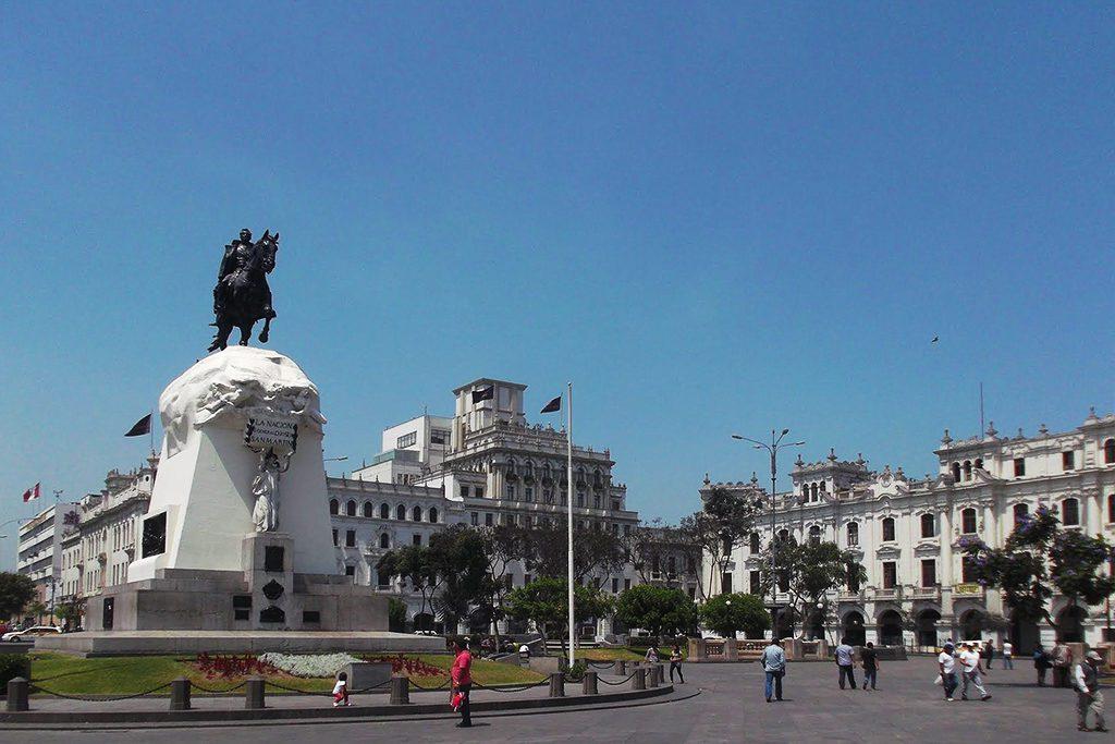 Plaza San Martín with the statue of José de San Martín.