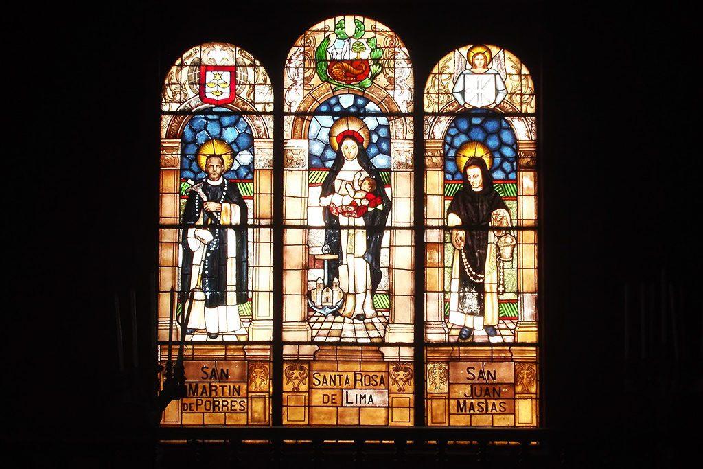 Sacral window at the Convento Santo Domingo