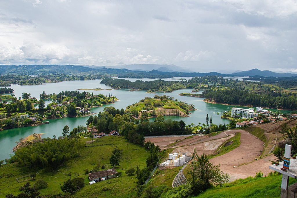 Guide to GUATAPÉ, a Day Trip from MEDELLÍN