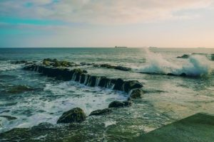 Shore of Estoril with wild waters
