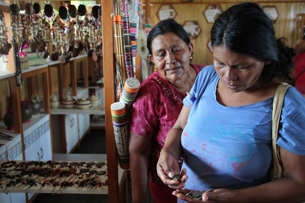 Indigenous ladies in the Amazon area of Pucallpa