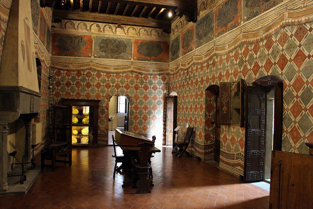 The Sala dei Pappagalli, the parrots' room on the first floor of the Museo di Palazzo Davanzati in Florence