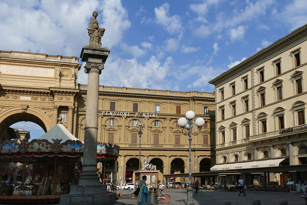Piazza della Republica in Florence  - Home of the Medici, Cradle of the Renaissance