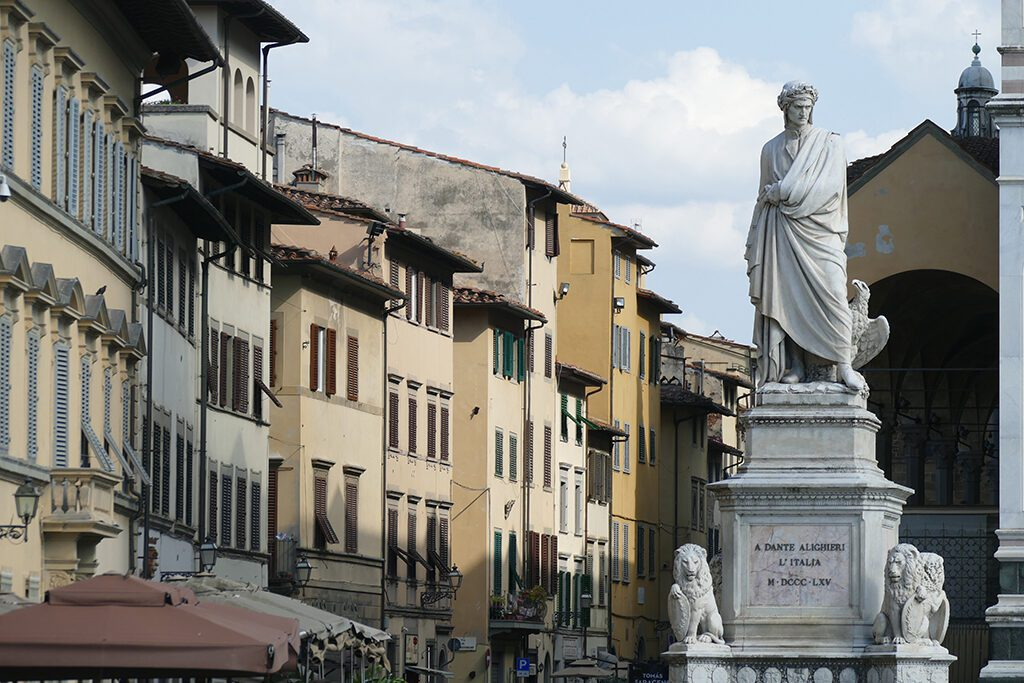 Statue of Dante Alighieri in Florence  - Home of the Medici, Cradle of the Renaissance