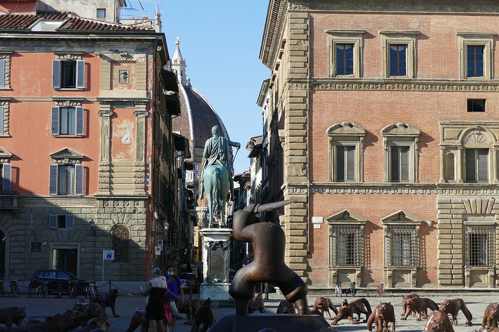 Piazza Santissima Annunziata in FLORENCE - Home of the Medici, Cradle of the Renaissance