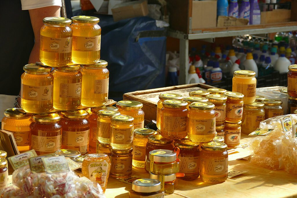 Honey on the market in La Spezia