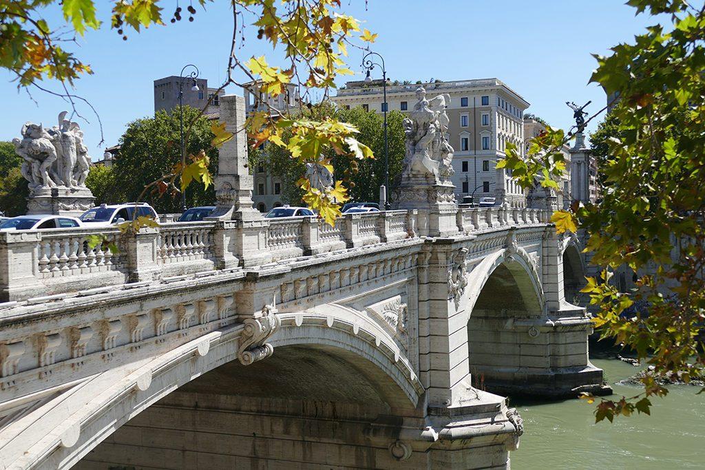 Ponte Vittorio Emmanuele in Rome