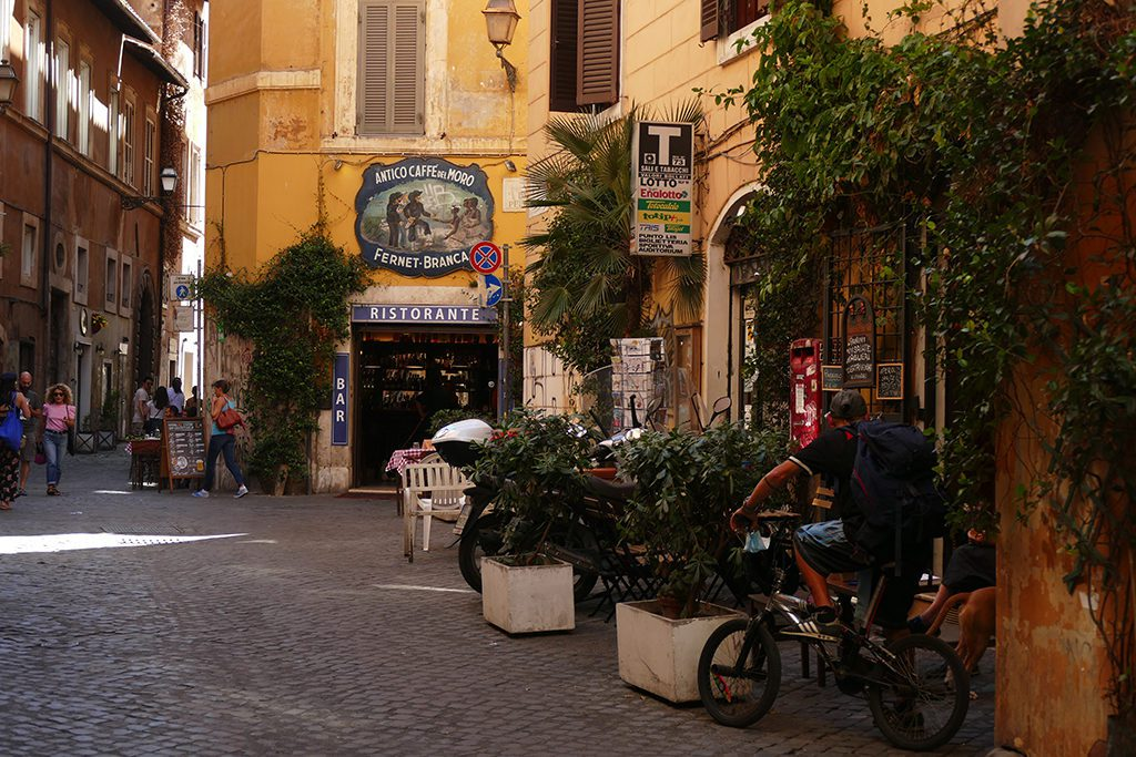 Alley in Trastevere