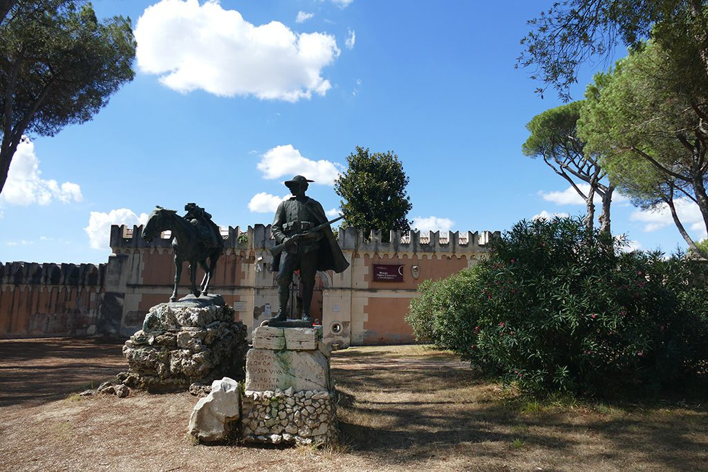 La Fortezzuola with two of Canonica's sculptures.