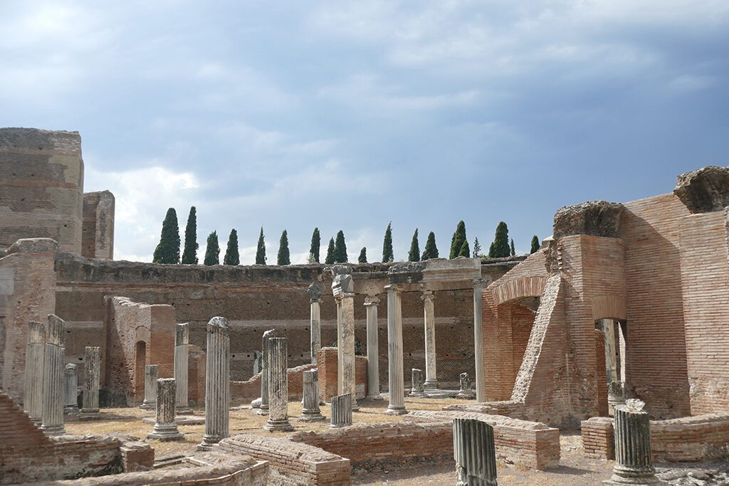 The Courtyard of Libraries at Hadrian's Villa in Tivoli.