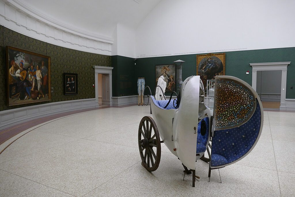 Sculpture by contemporary artist Patrick van Caeckenbergh amidst paintings from the 19th century at the Museum of Fine Arts in Ghent.