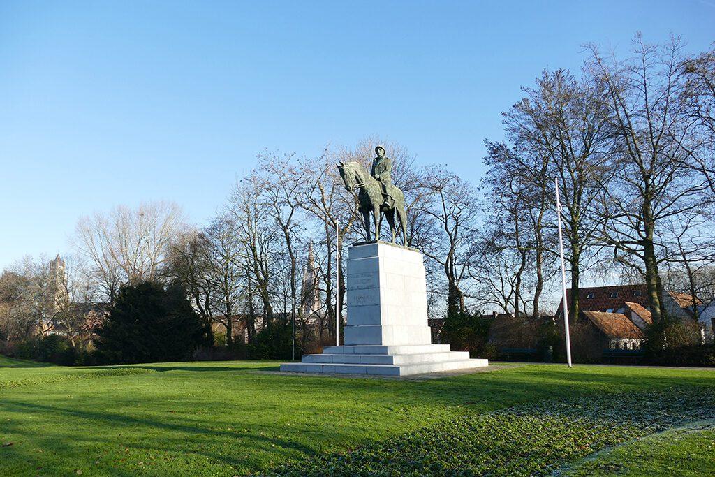 Statue of  Albert I in Bruges