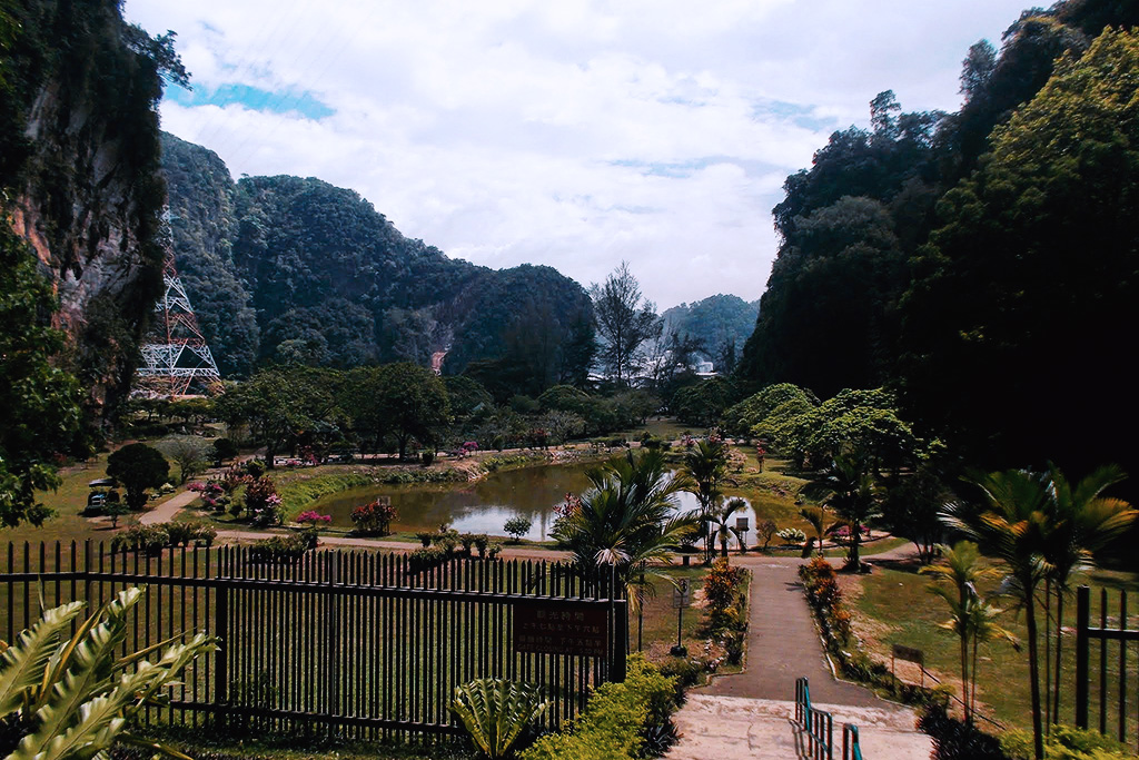 Kek Lok Tong's garden in Ipoh, an Underrated City in Malaysia