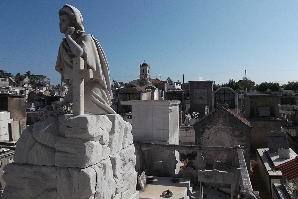 Cemetery of Camagüey with the church Santo Cristo del Buen Viaje in the backdrop.