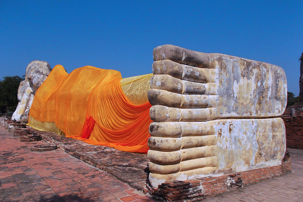 Reclining Buddha at Wat Lokayasutharam in Ayutthaya