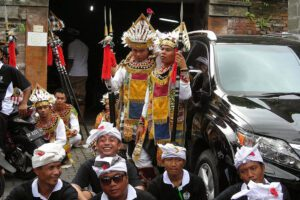 Men in Ubud on Bali, Indonesia 's Island of Gods