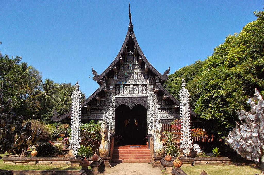 Wat Lok Moli, one of the ten best temples in Chiang Mai