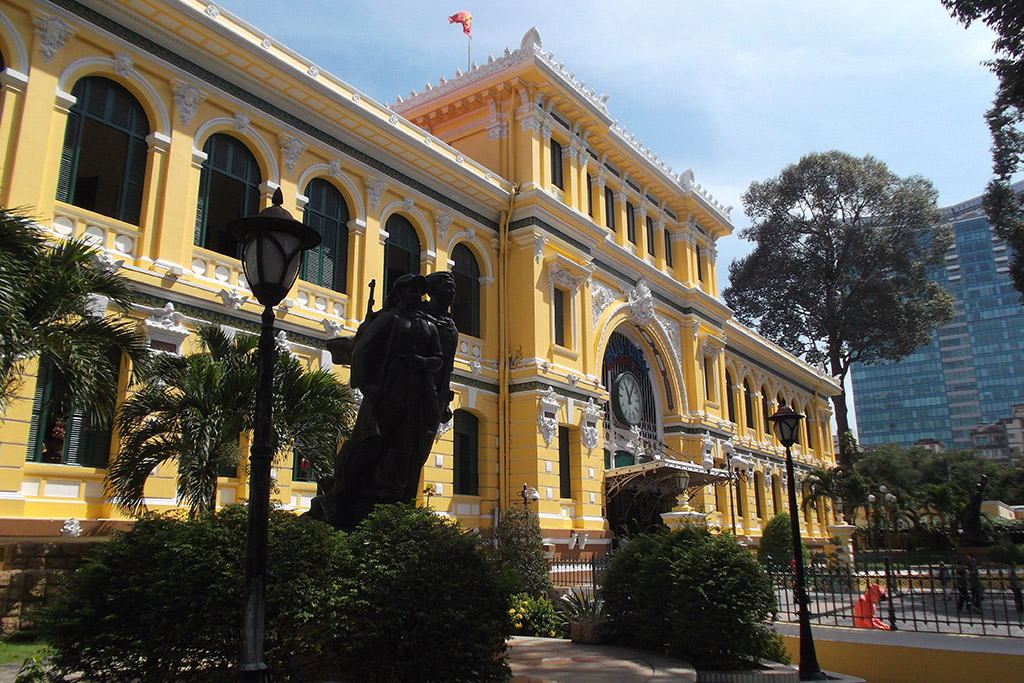 Hotel des Postes at Hồ Chí Minh City