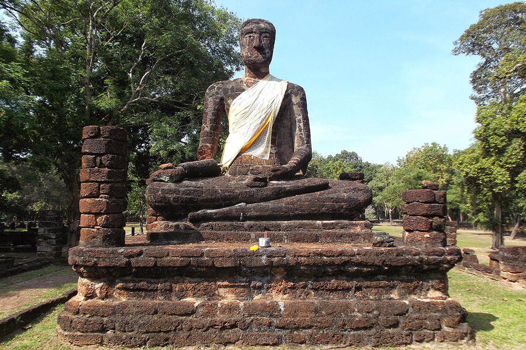 Buddha statues at the Khet Aranyik Forest in Kamphaeng Phet