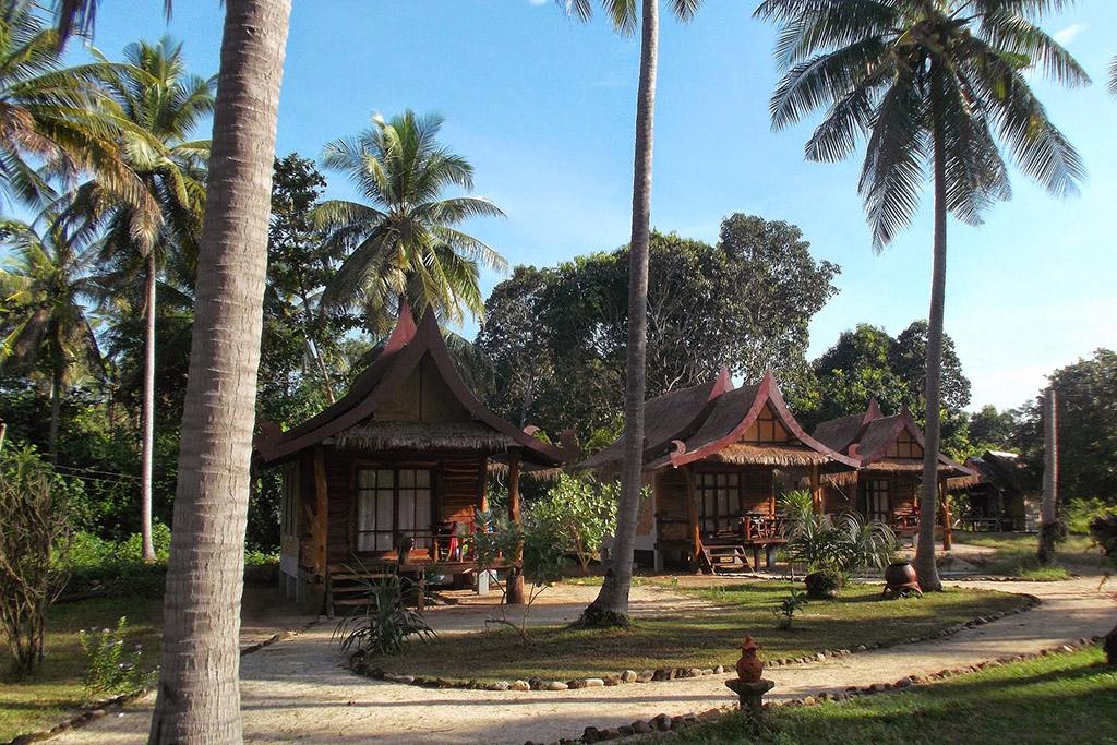 Golden Pearl Beach Resort on Koh Jum