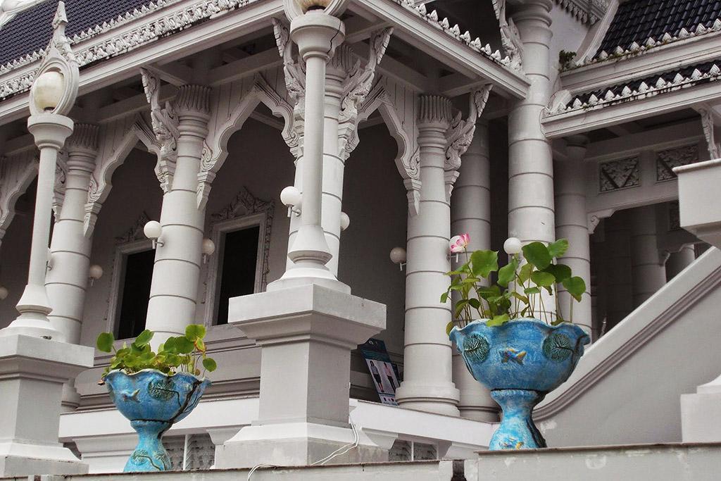 Wat Kaew Korawaram in Krabi Town