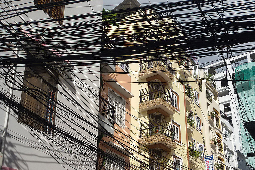 electricity cables and wires in Nha Trang