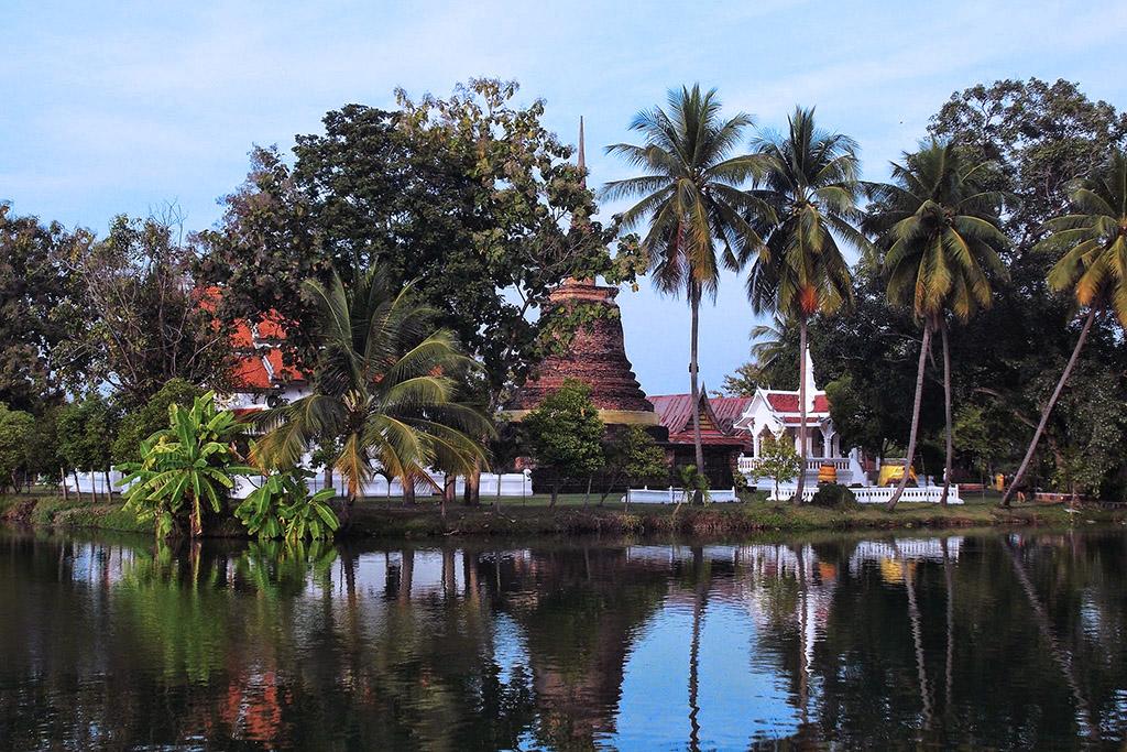 Wat Traphang Thong in Sukhothai