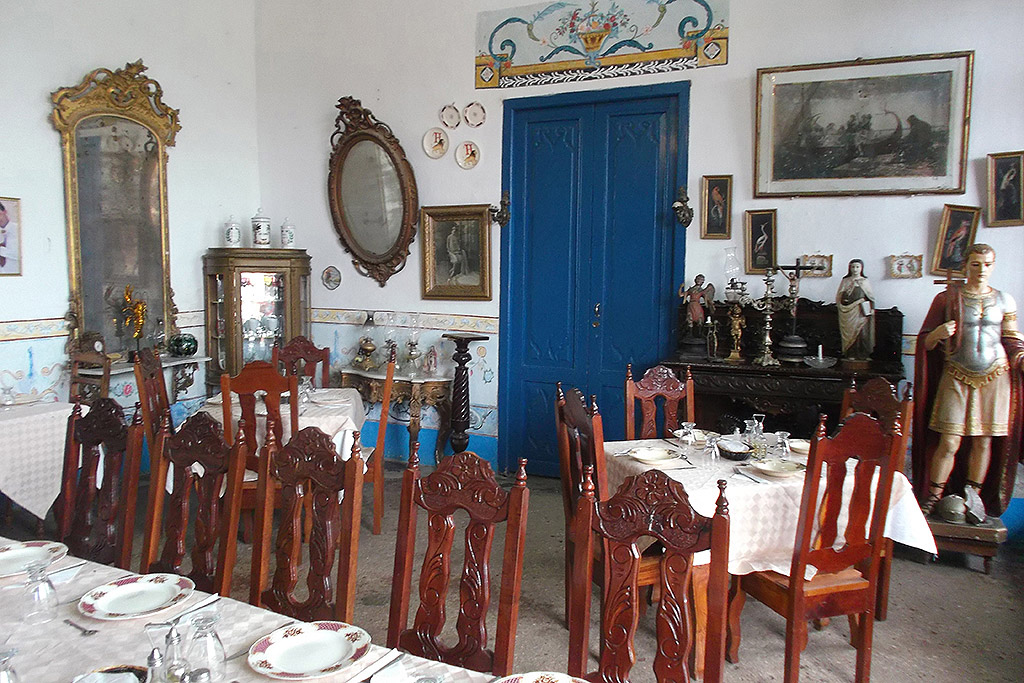 A Paladar, a privately run restaurant.