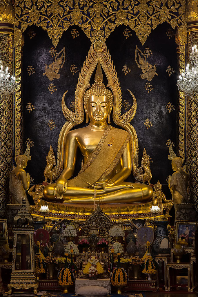Phra Buddha Chinnarat at the Wat Nang Phaya monastery in Phitsanulok
