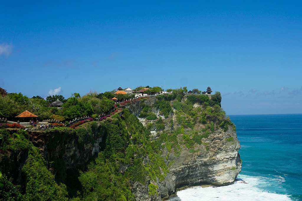 Uluwatu south of Legian