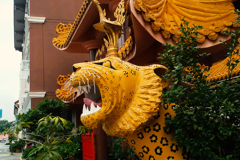 Tiger Sculpture at the entrance to the Sakya Muni Buddha Gaya Temple
