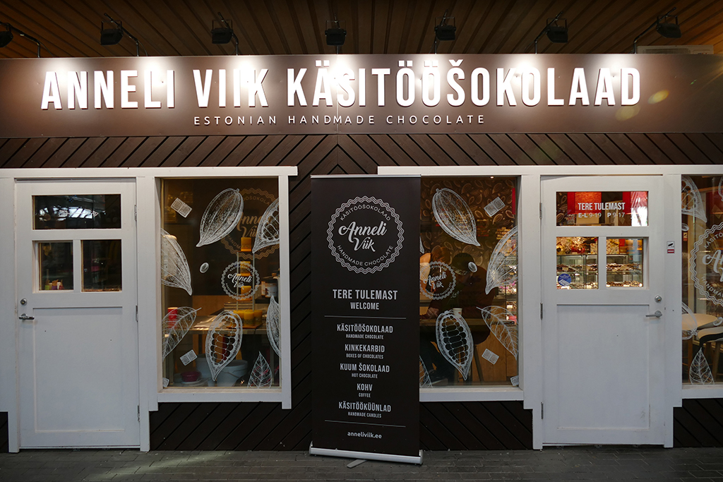 Chocolate Store in Tallinn, the city between the poles of history and creativity