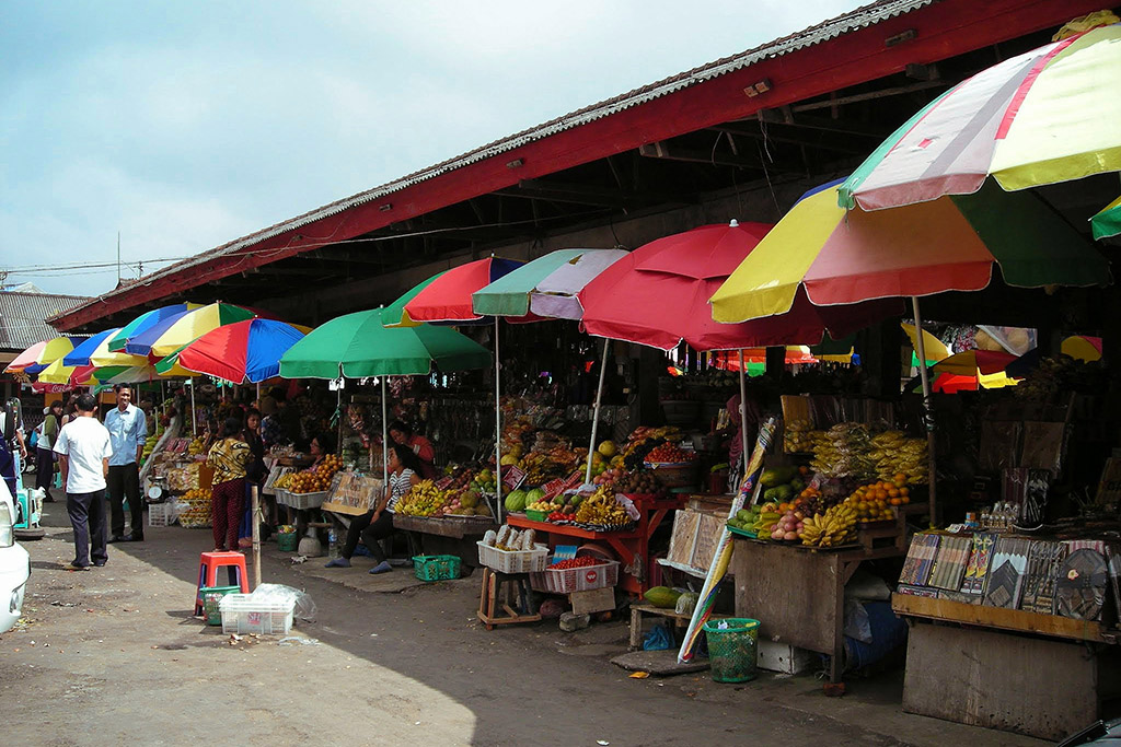 Candi Kuning Market on a tour from Lovina