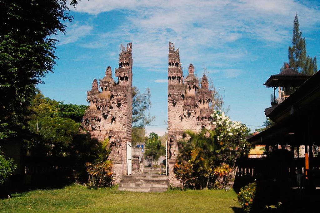 Pura Beji in Sangsit on a day trip from Lovina