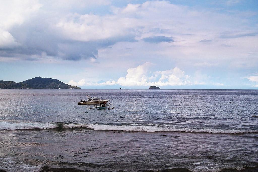The blue lagoon at Padang Bai