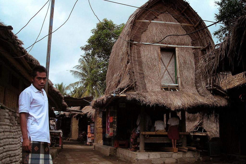 Guide at the Ende Sasak Village on Lombok