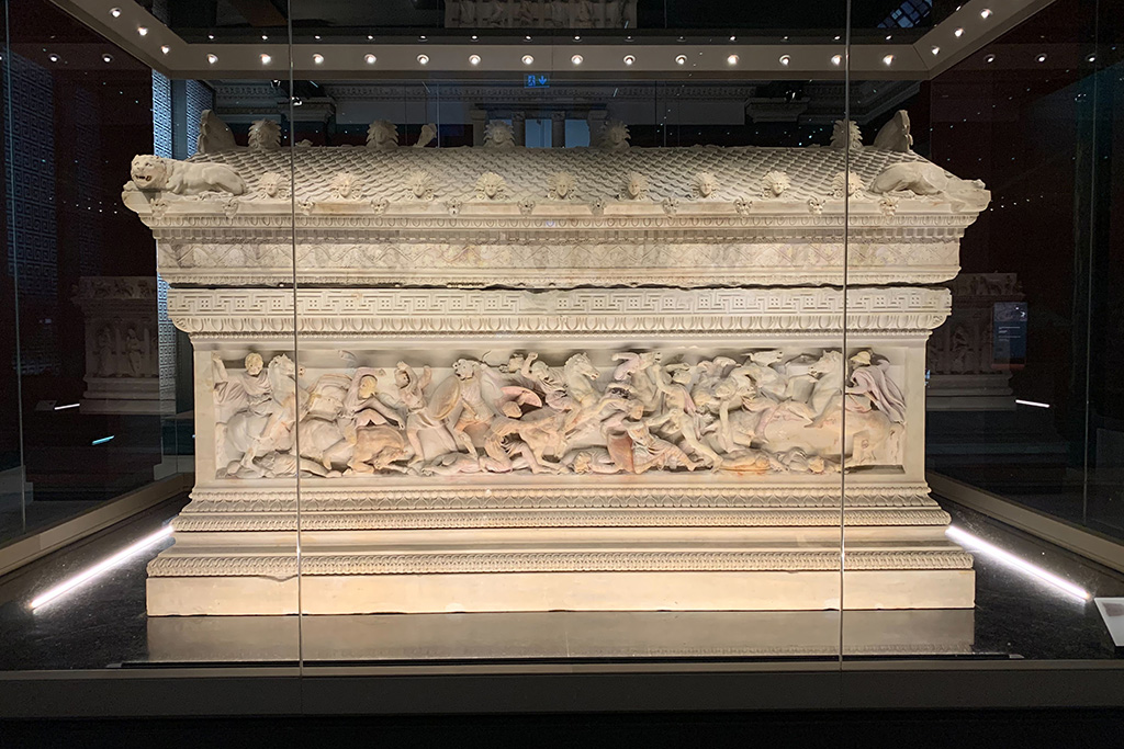 Alexander Sarcophagus from the late 4th century