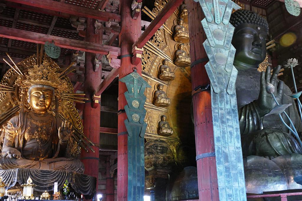 Japan's largest bronze Buddha at Nara