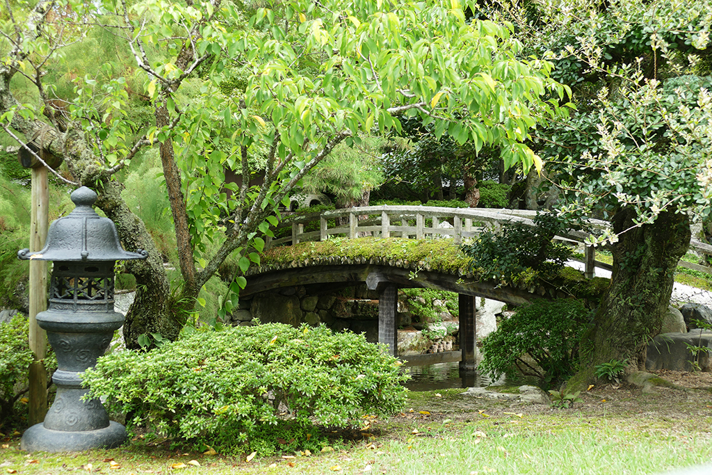Gardens at the Nijo Castle in Kyoto, Japan's Treasure Box for a minimum of 4 days