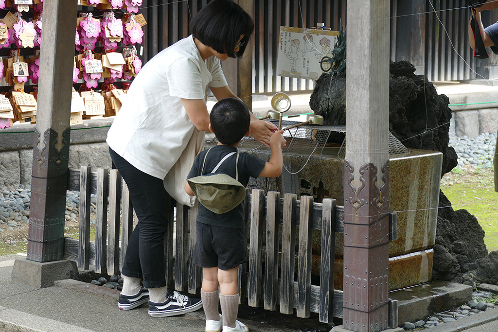 Ritual cleansing at the Ueno Park in Tokyo